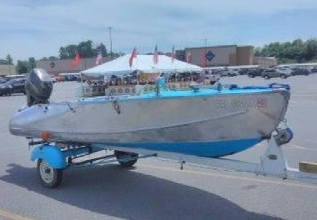 2003 - Catamaran Cruiser - 10x33 Vagabond