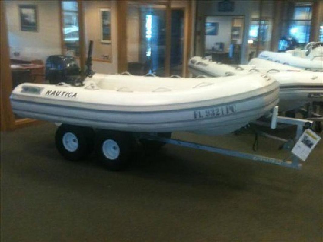 $6,189 2011 Nautica 10 SPORT