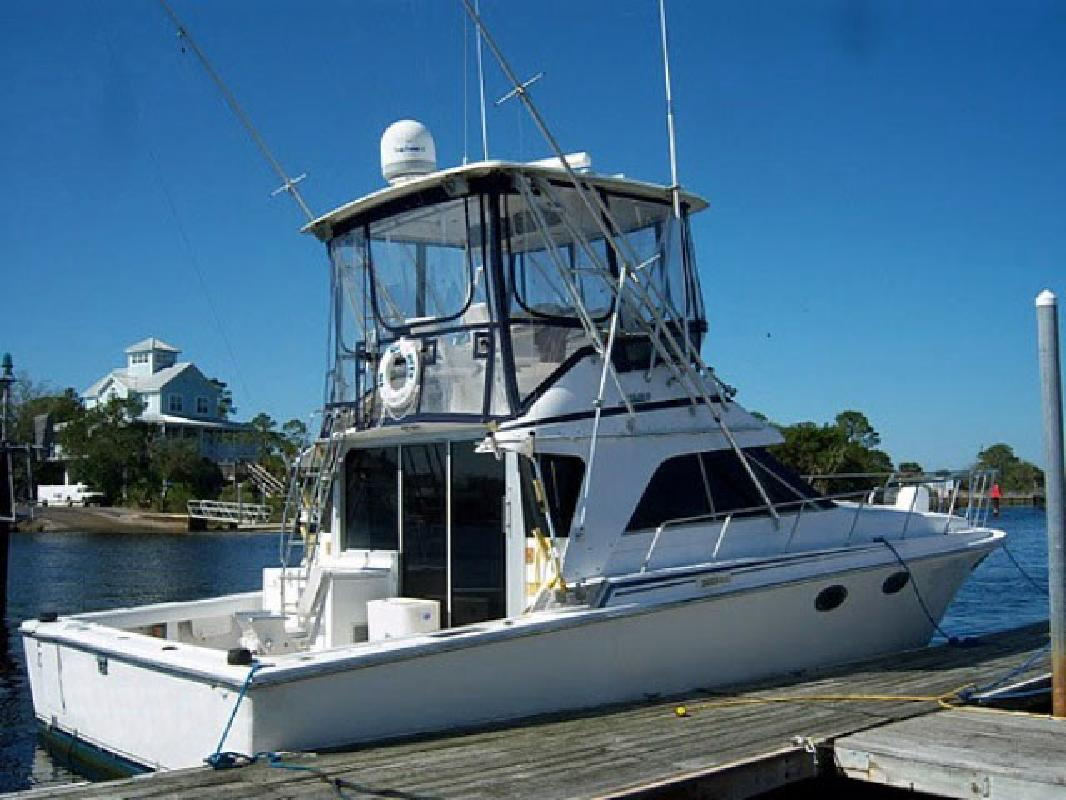 1989 40' Trojan 12 Meter Convertible in Fort Lauderdale, Florida
