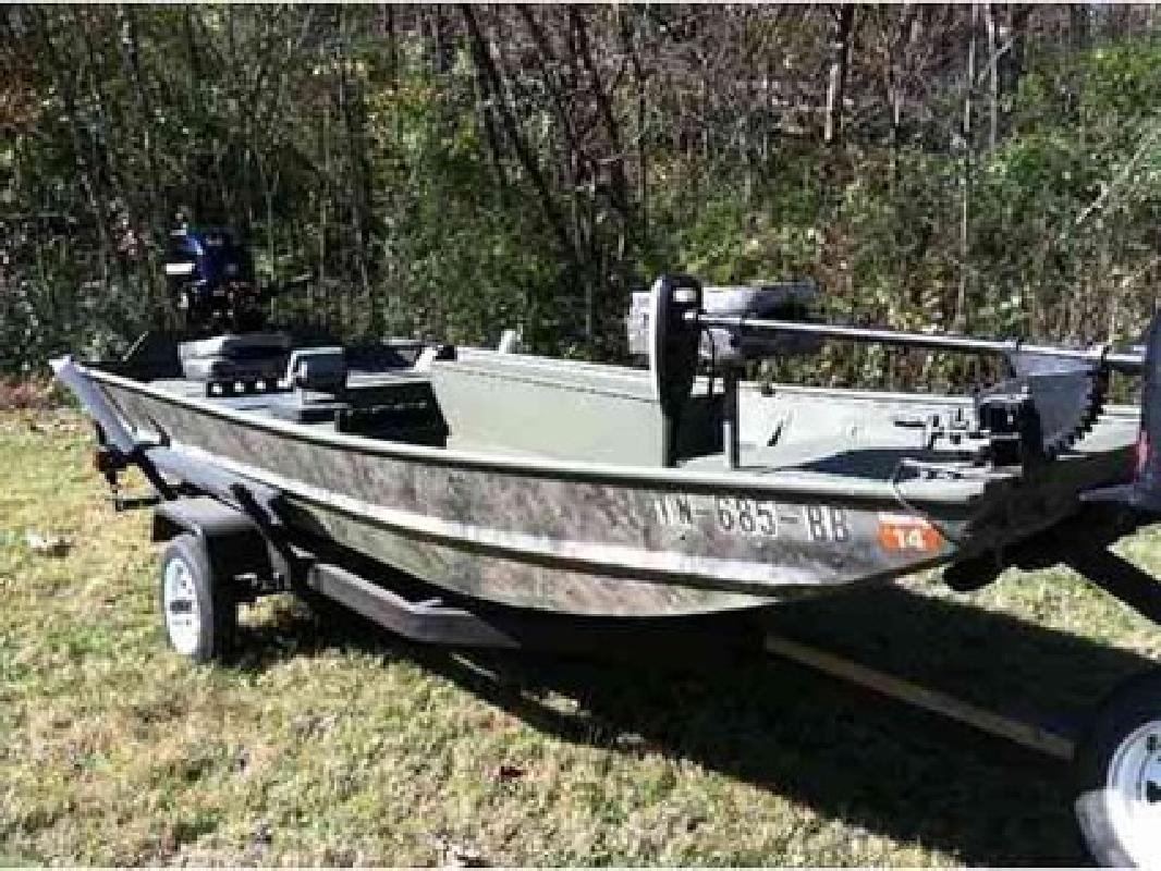 7 200 monark fishing boat 14 39 for sale in knoxville for Monark fishing boats
