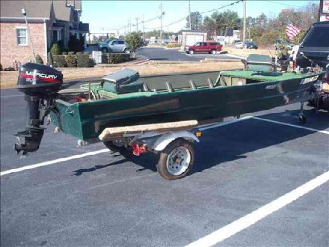 1 200 Used 2002 Fishing Boat 15 Flat Bottom Aluminum For