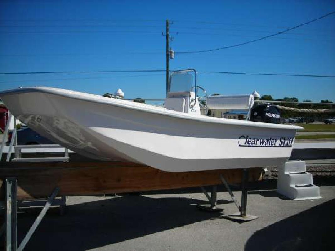 2010 15' Clearwater 15 Skiff