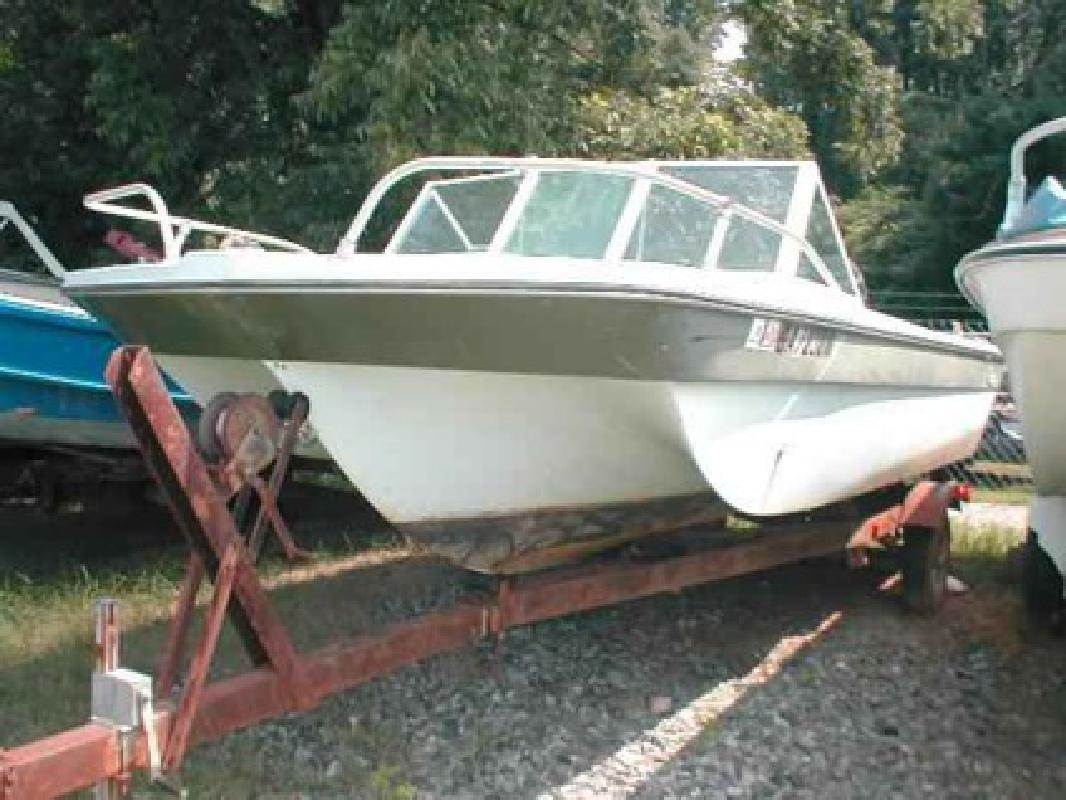 $350 Used 1975 Other Bonito 160 Runabout Hull