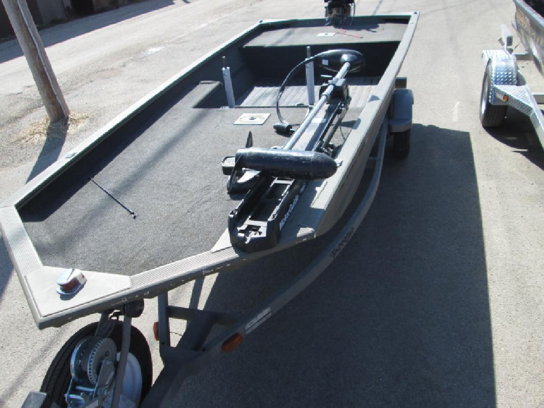 2010 - Tracker Boats - Grizzly 1648 AW Jon in Savanna, IL
