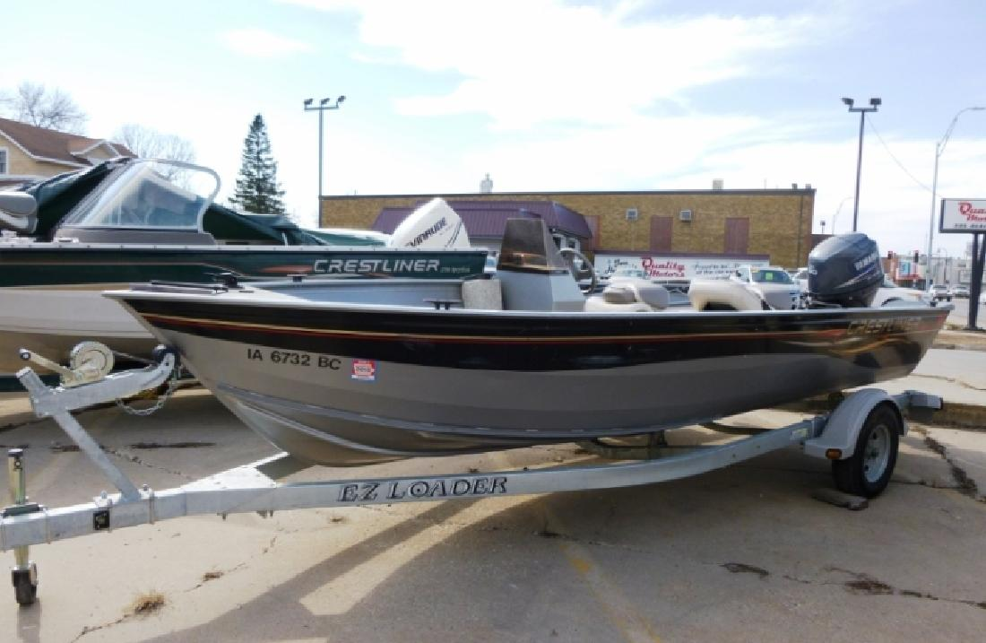 Crestliner canadian new and used boats for sale for Fishing boats for sale in iowa