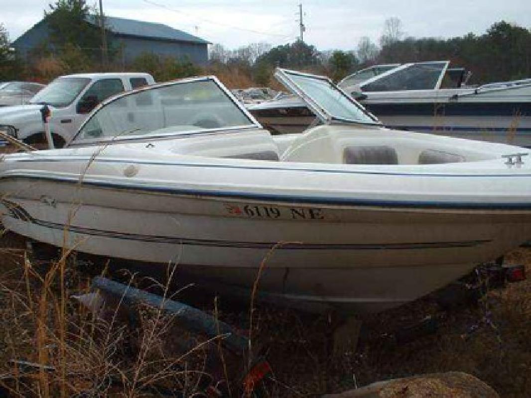 $600 Used 1996 Sea Ray 175 BR Bowrider I/O