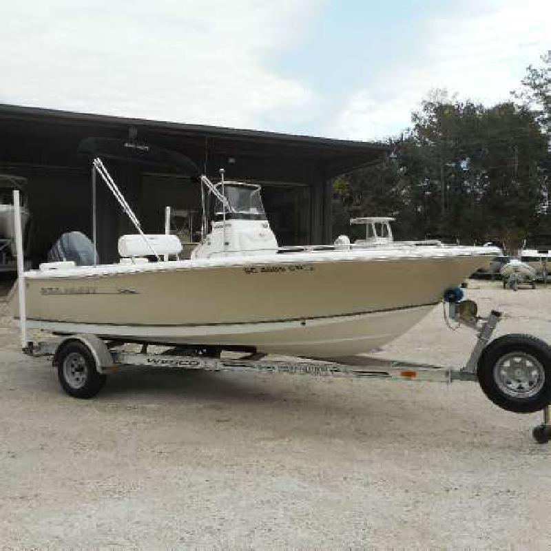 2011 SEA HUNT Triton 188 Beaufort SC