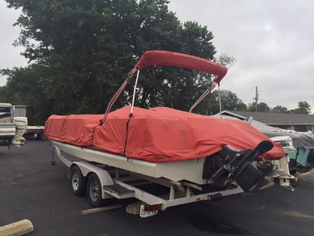 Sylvan | New and Used Boats for Sale in Illinois