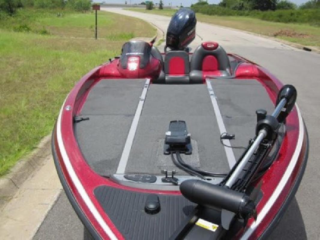 $3,850 OBO Bass Boat - 2006 Ranger Z21