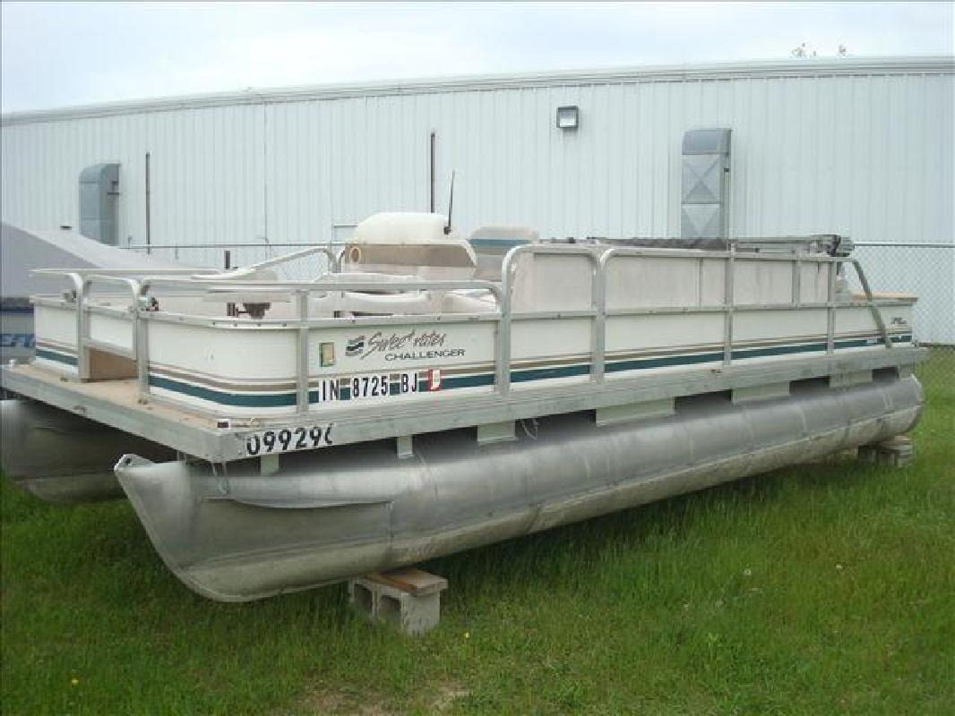 1997 Sweetwater pontoon 200fc Syracuse IN