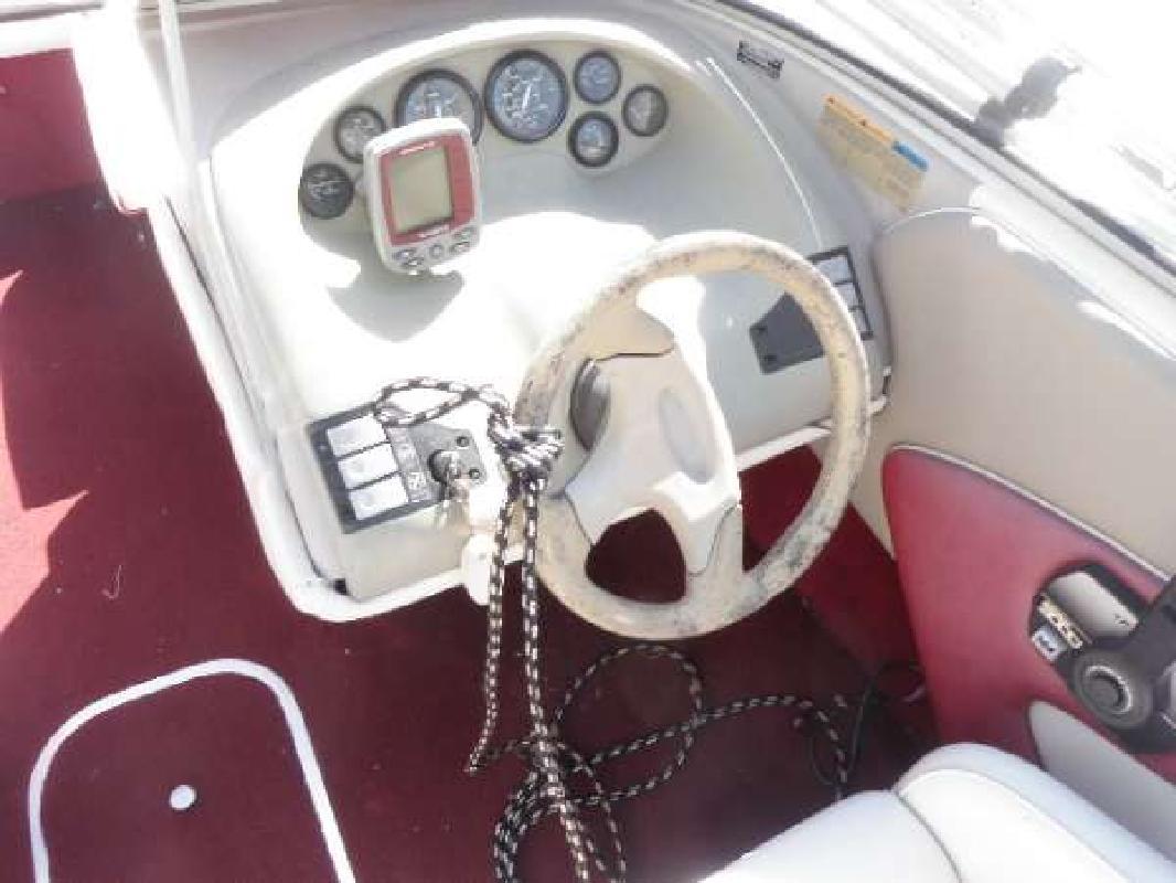 1996 20' Bayliner 2050 Capri SS