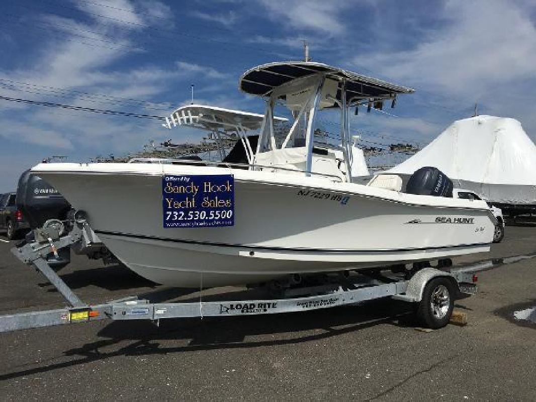 2009 Sea Hunt Triton 207 Sea Bright NJ