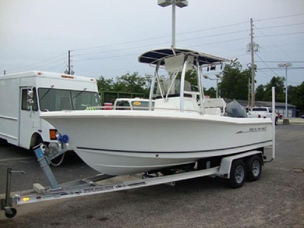 7 560 2008 Sea Hunt Triton 207 Yamaha 4 Stroke Boat For