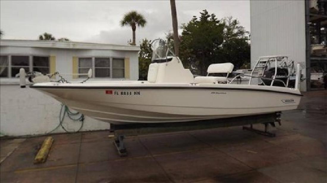 $32,500 2007 Boston Whaler 20 DAUNTLESS