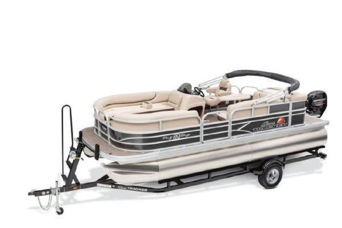 2016 Sun Tracker Party Barge 20 DLX Arma KS