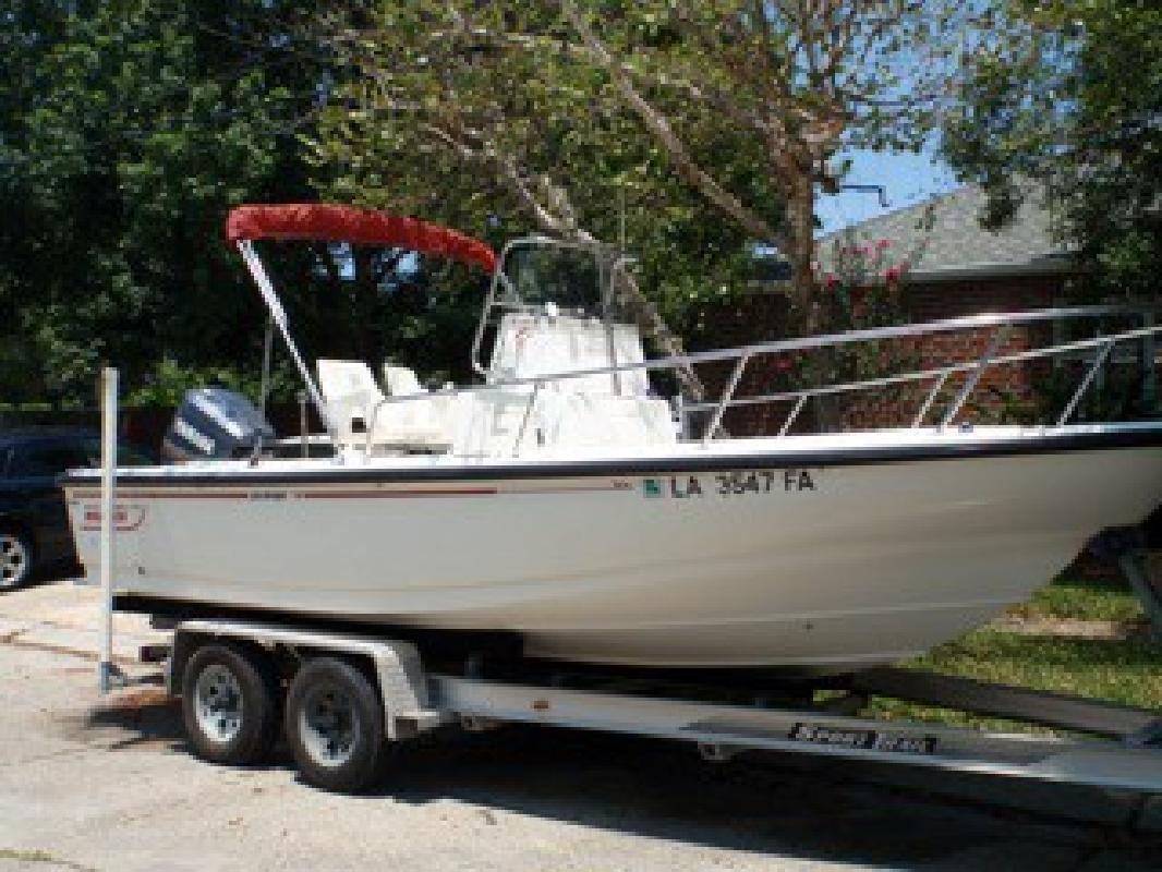 1999 20' Boston Whaler 20 Outrage Limited Edition for sale in New