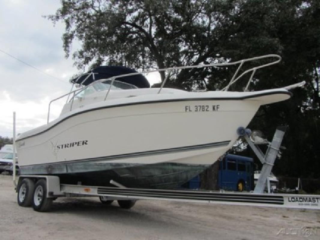 $5,400 1998 Seaswirl Striper 2100 WA
