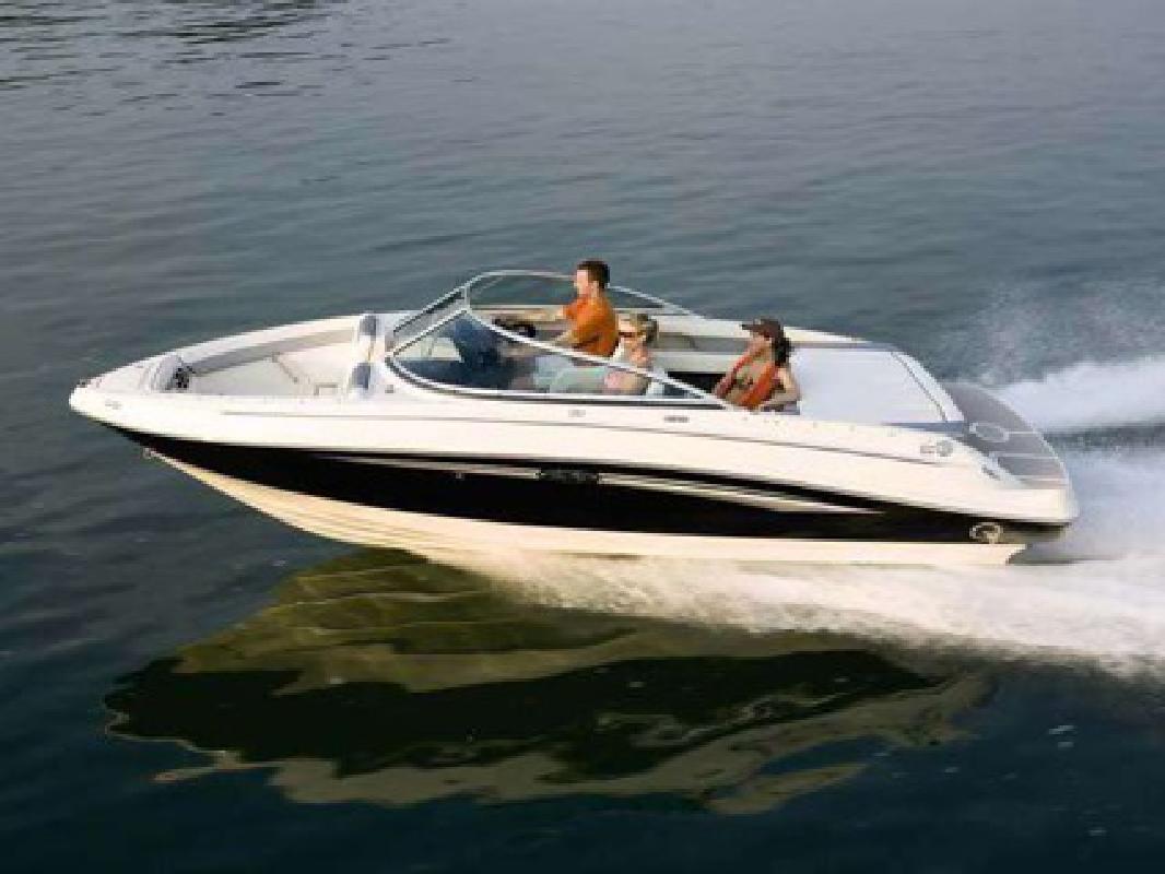 $41,711 2010 Sea Ray 210 Select