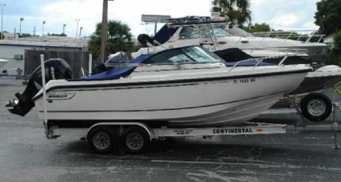 $43,900 2005 Boston Whaler 210 VENTURA for sale in