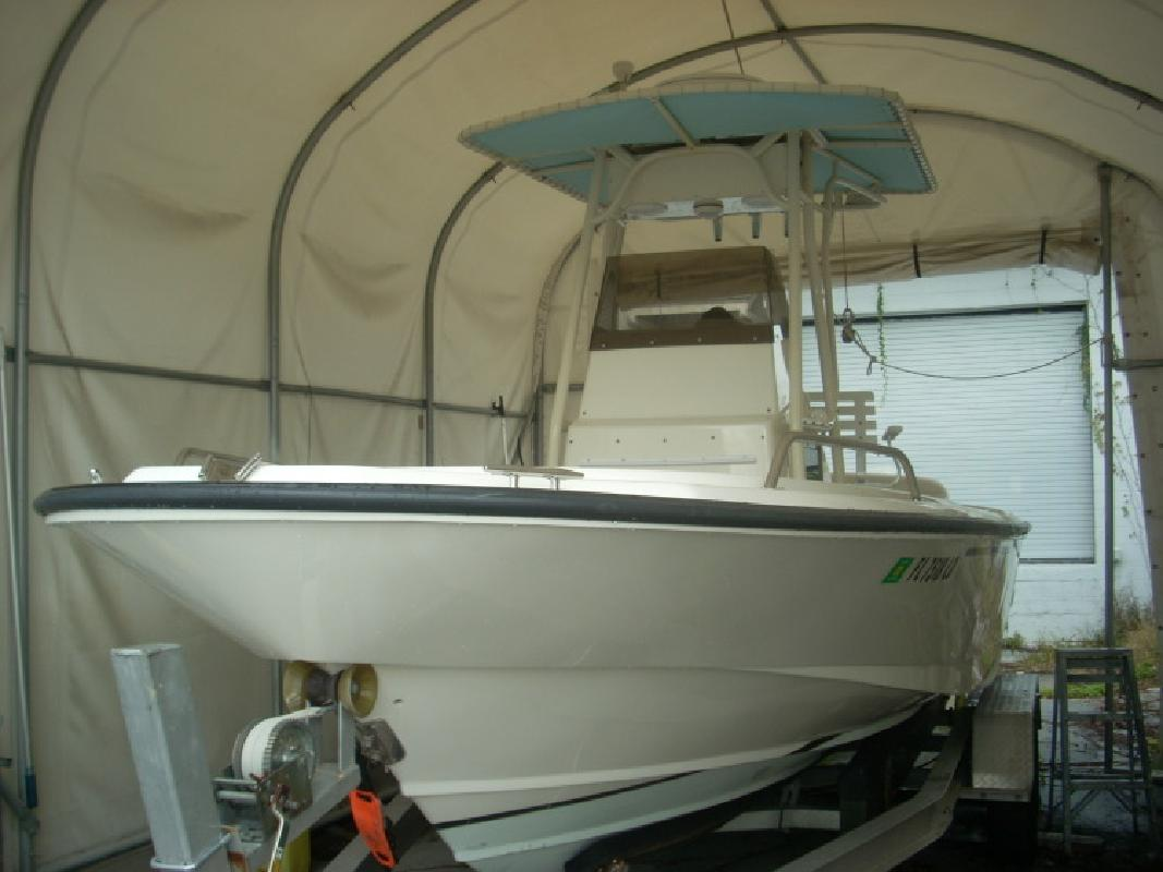 1993 - Boston Whaler Boats - 21 Outrage in Tampa, FL