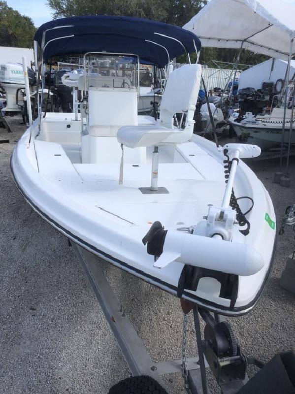2004 - Shearwater Boats - 2200 in Key Largo, FL
