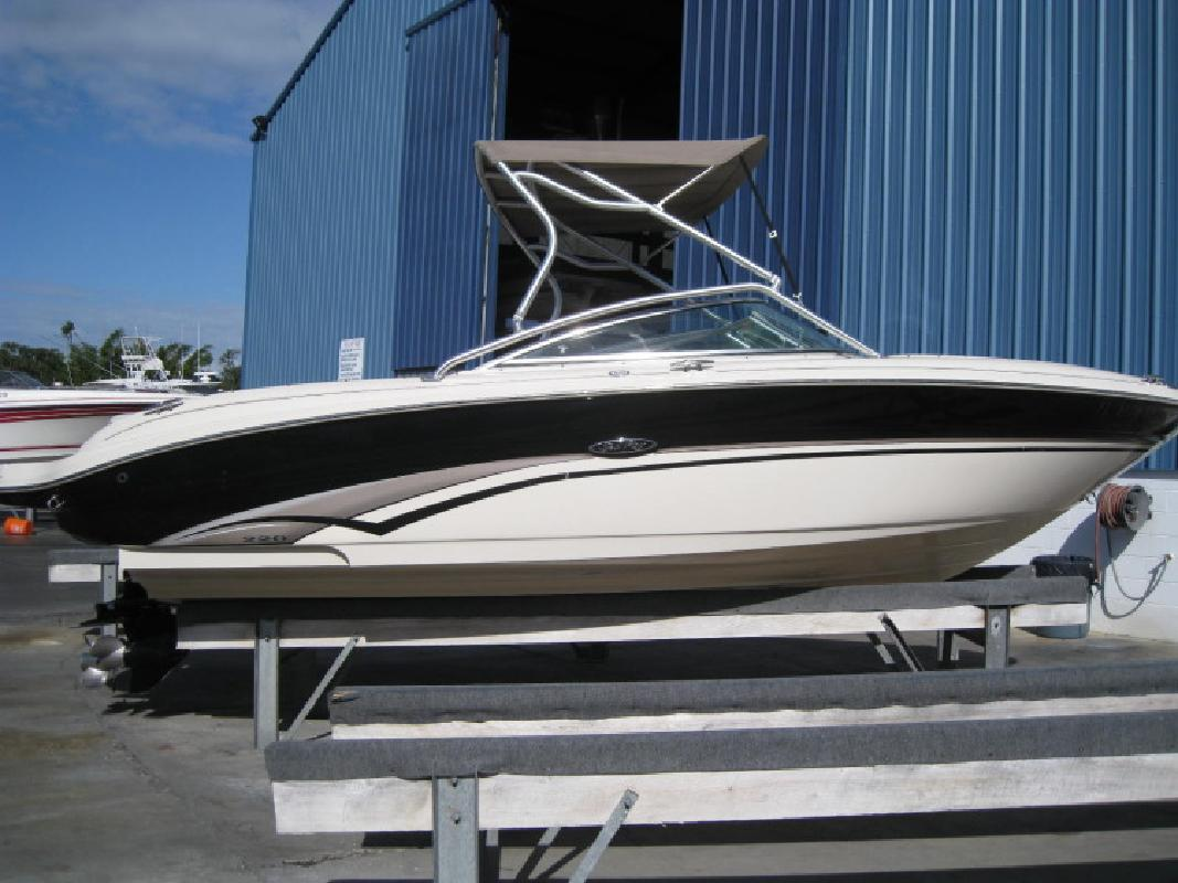 2002 - Sea Ray Boats - 220 Bow Rider in Tampa, FL