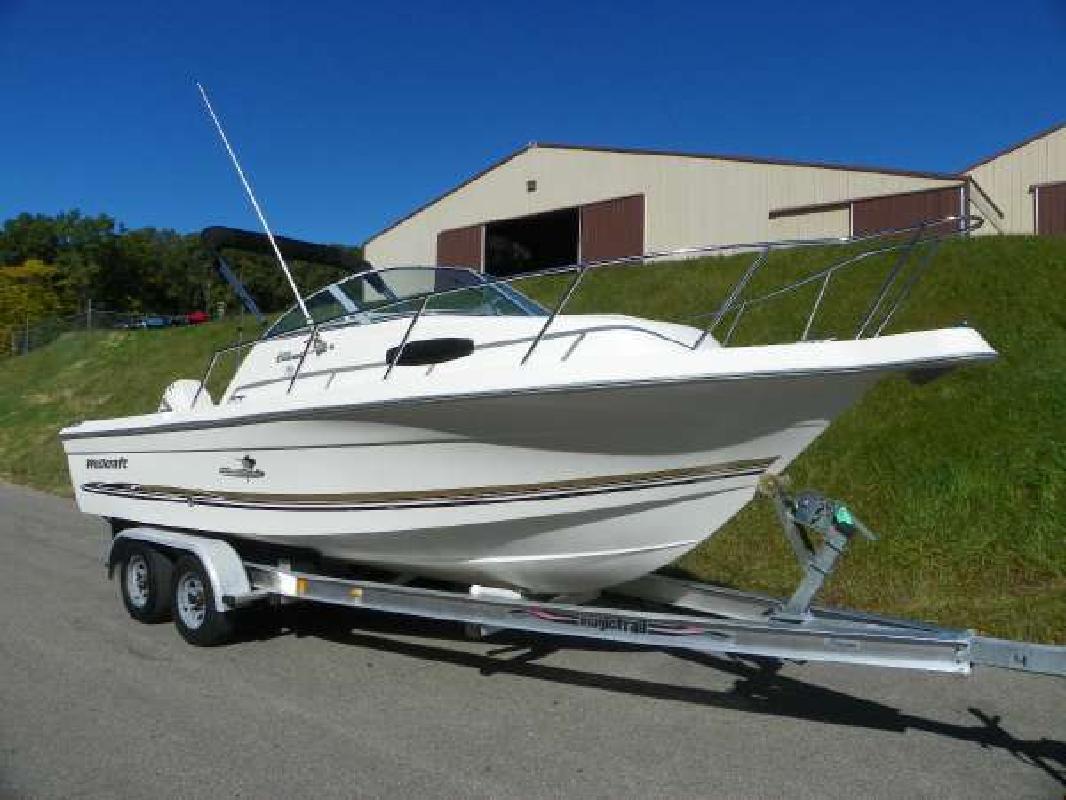2003 23' Wellcraft 220 Coastal for sale in Kalamazoo, Michigan | All Boat ...