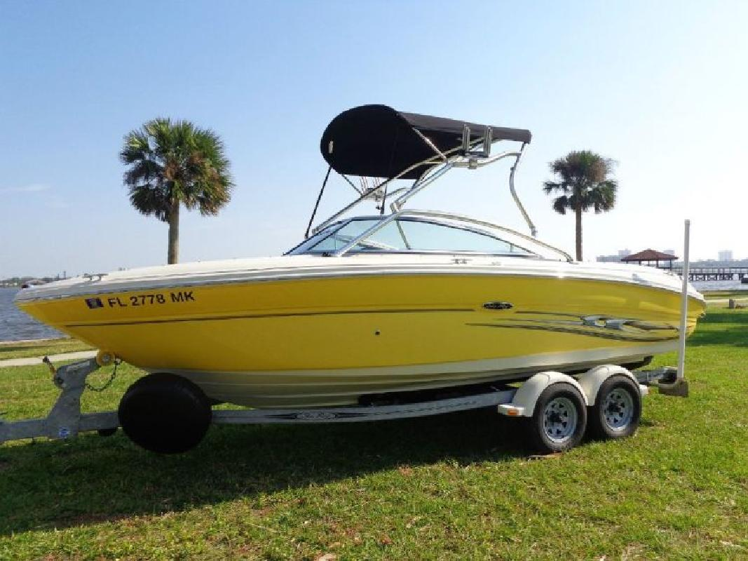 2004 - Sea Ray Boats - 220 Select BR in Tampa, FL