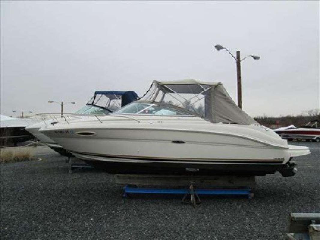 $25,095 2003 Sea Ray 225 WEEKENDER