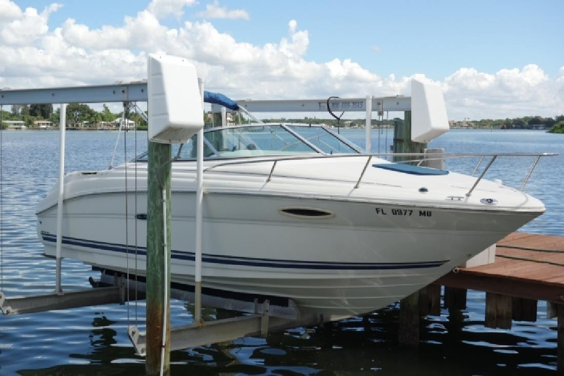 2005 - Sea Ray Boats - 225 Weekender in Tampa, FL