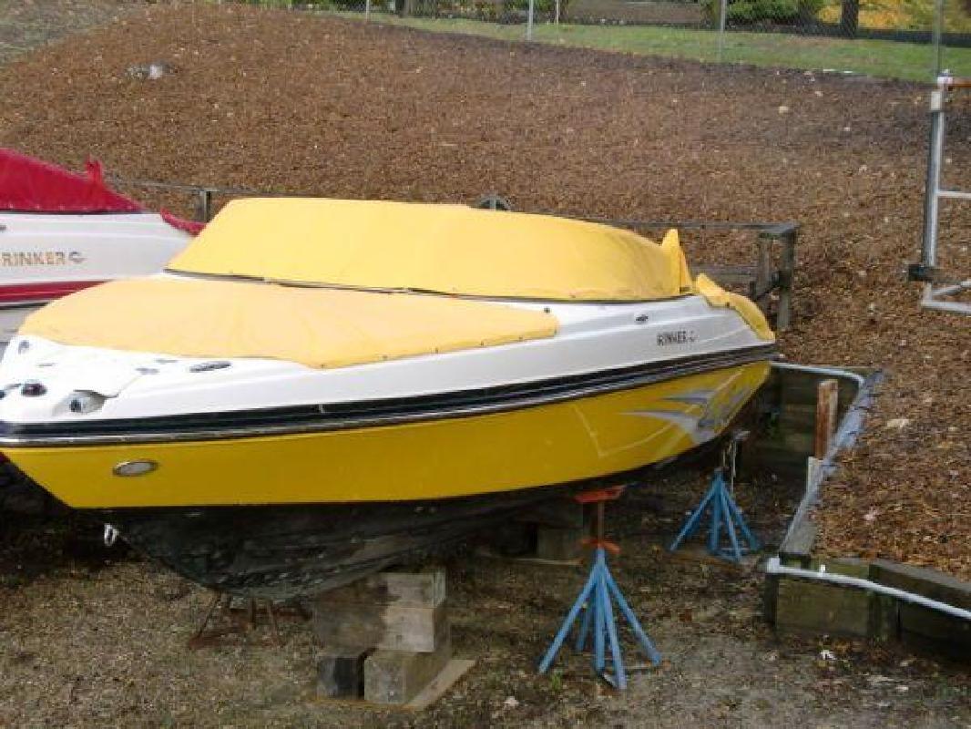 2011 24' Rinker 226 Captiva Bowrider