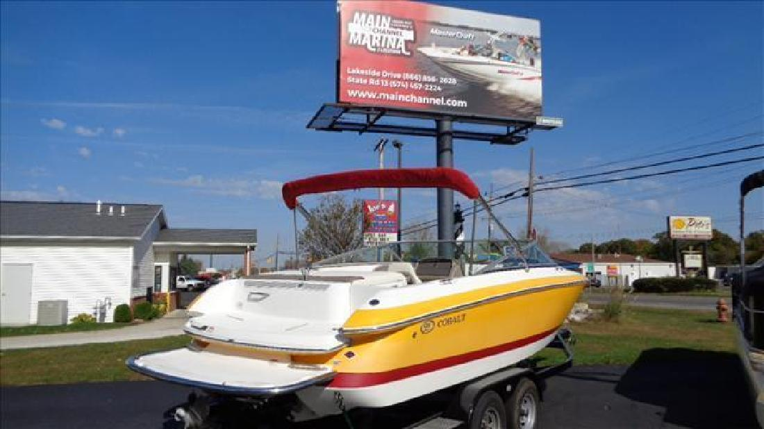 2005 Cobalt Boats Bowrider 226 Syracuse IN