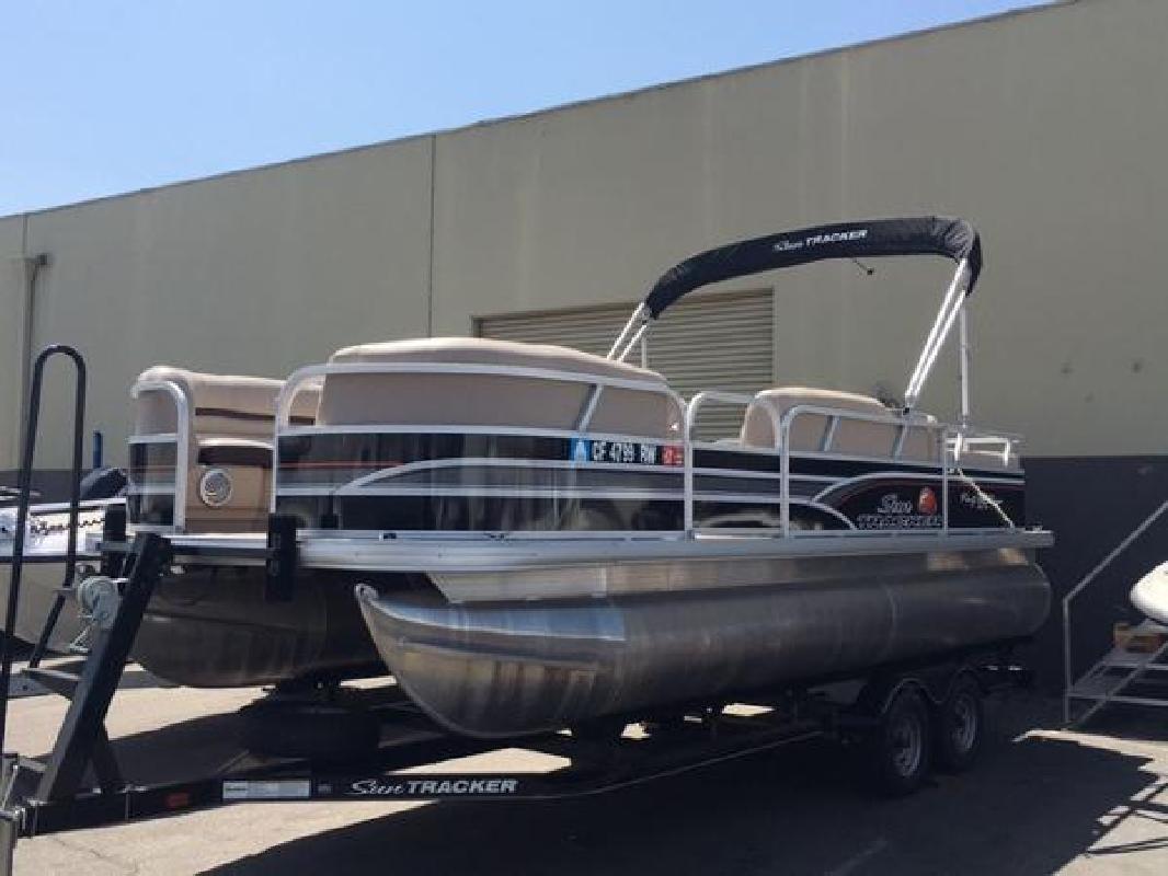 2015 Sun Tracker Party Barge 22 DLX Anaheim CA