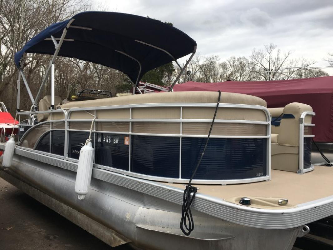 2015 - Bennington Boats - 22 SLX in Ridgeland, MS
