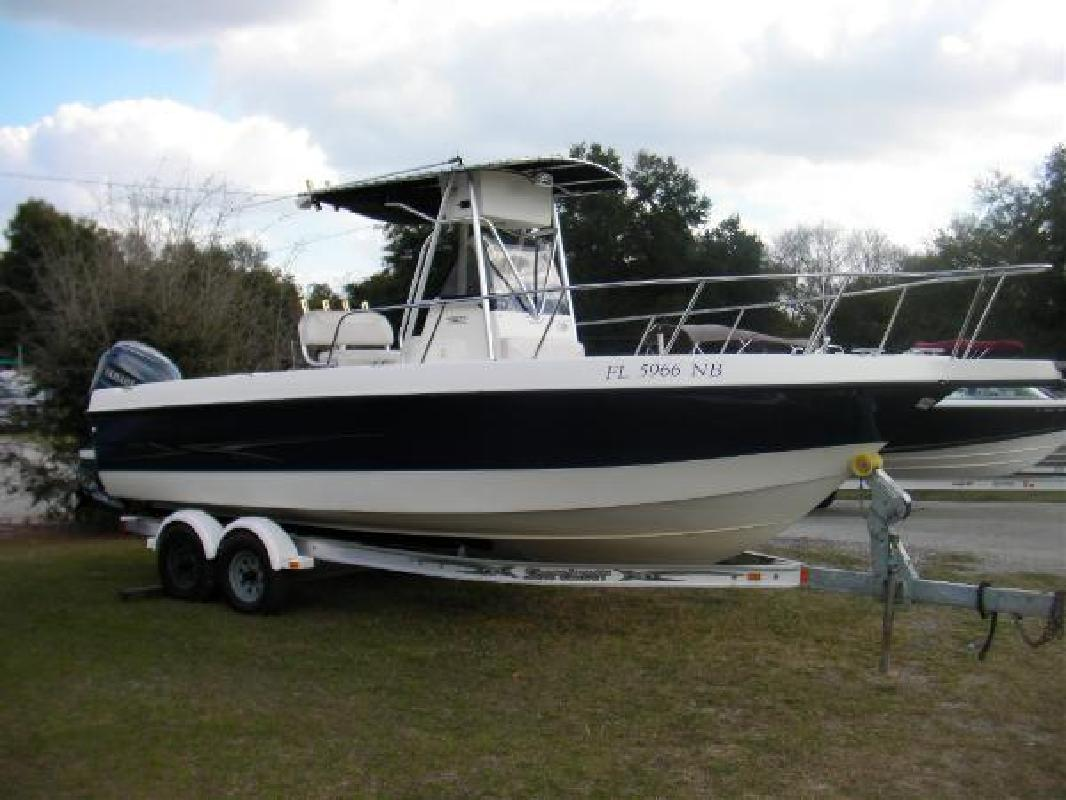 2005 23' Hydra-Sports 230 CC in Fernandina Beach, Florida