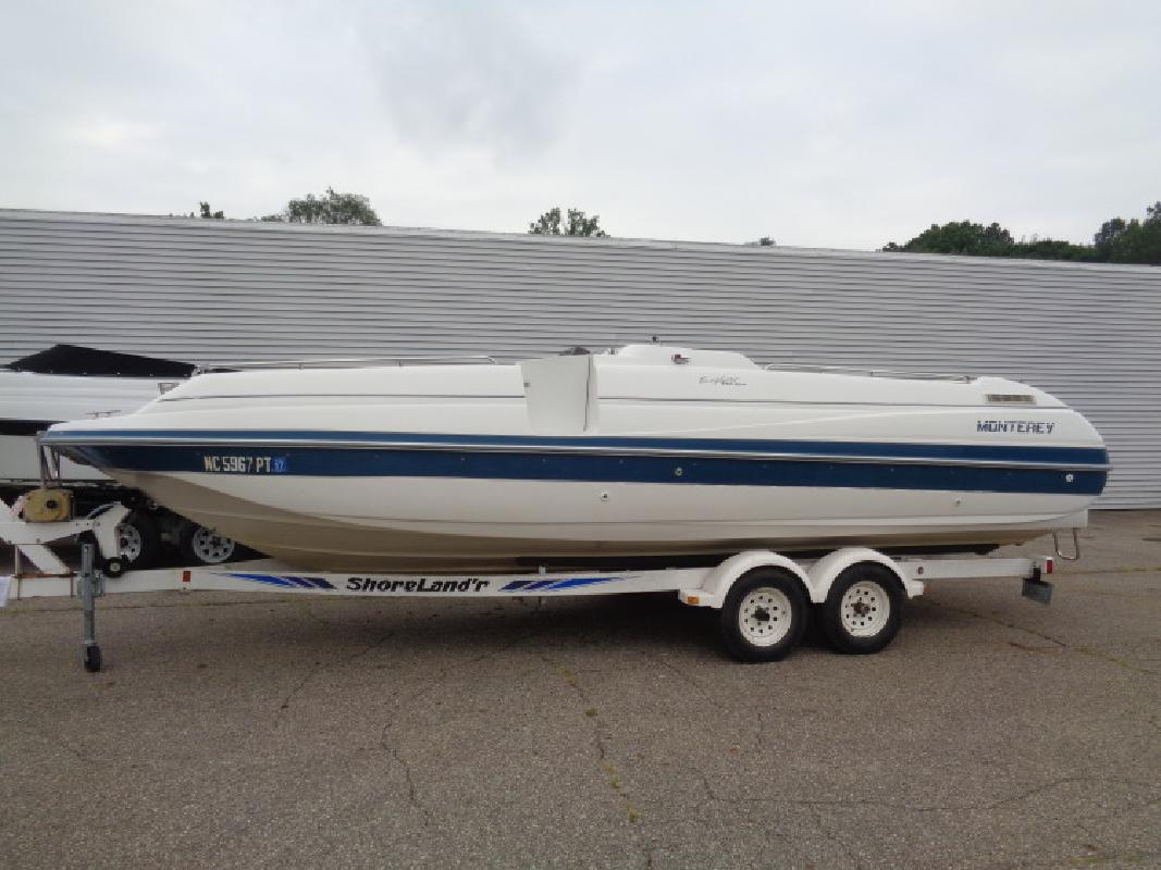 1994 - Monterey Boats - 230 Explorer in Coloma, MI