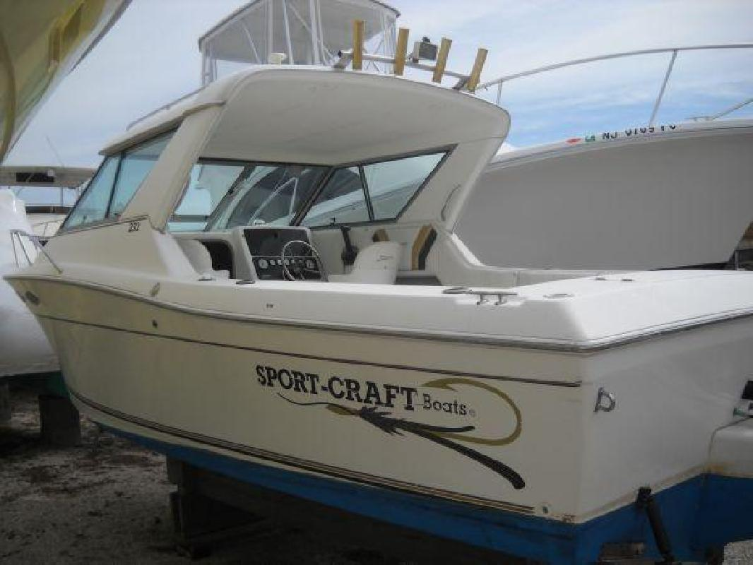 2000 23' Sport-craft 232 Sport Fisherman