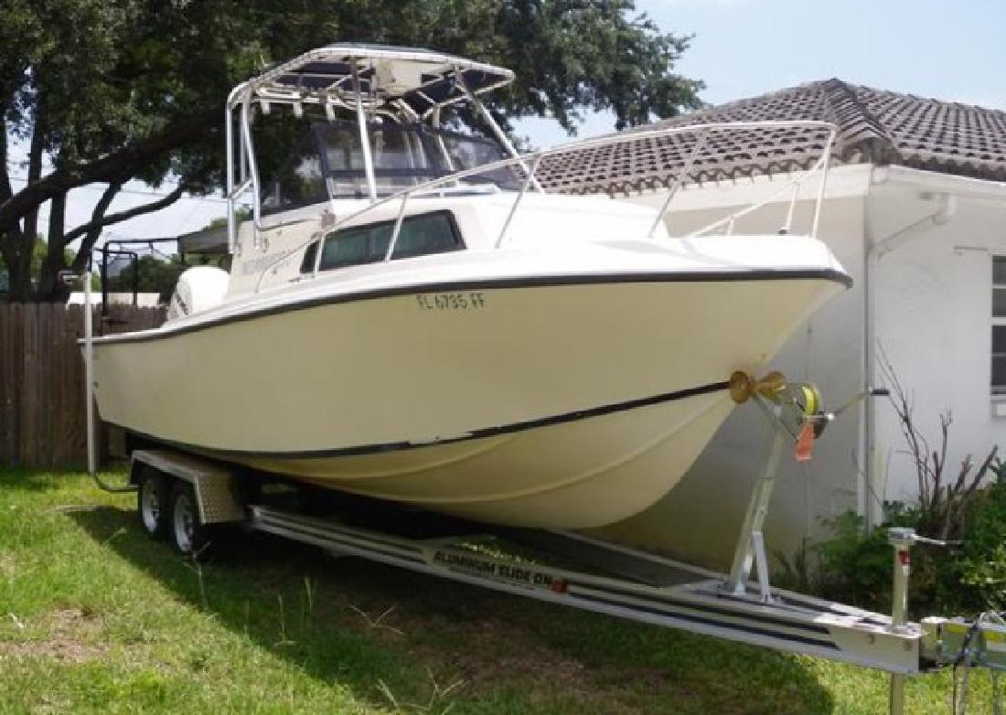 1986 23' Mako Marine International 238 Walkaround (2002 Power! Refit!