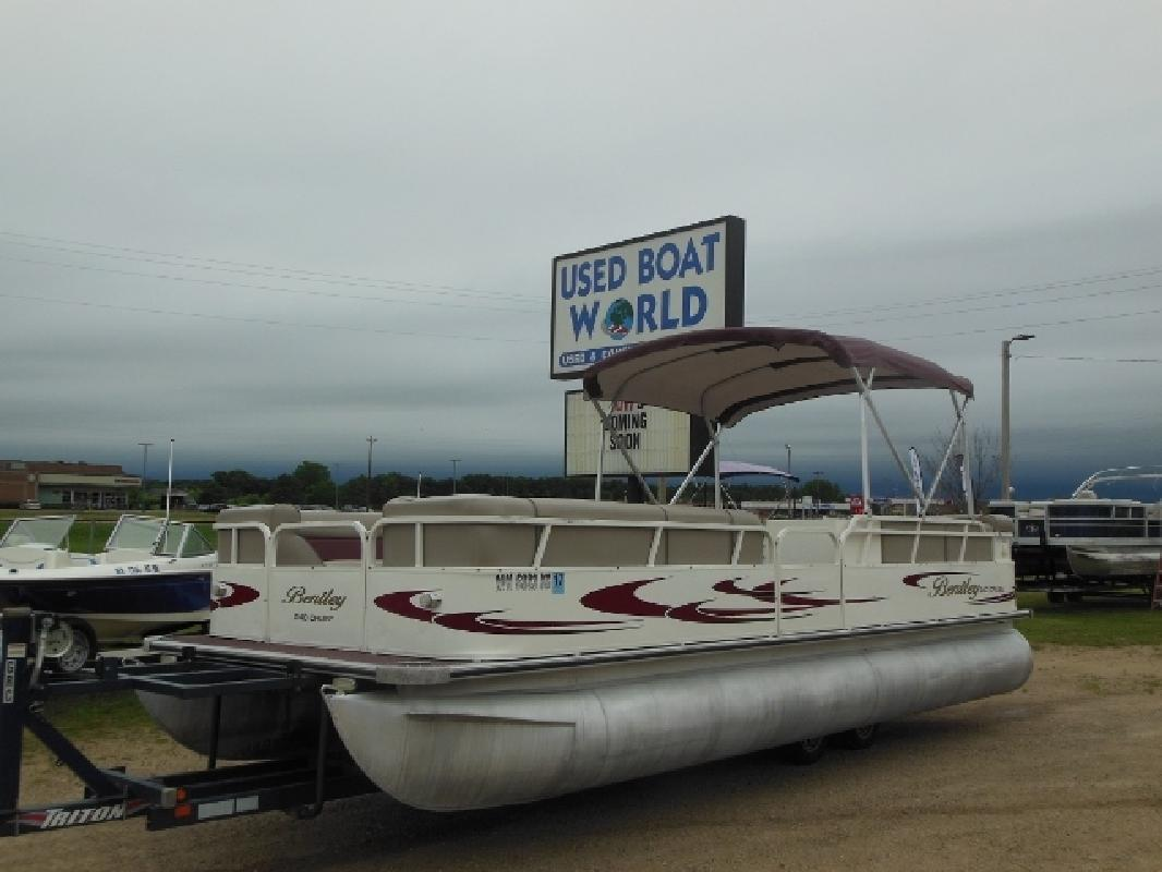 Pontoon new and used boats for sale in minnesota for Used fishing boats for sale mn
