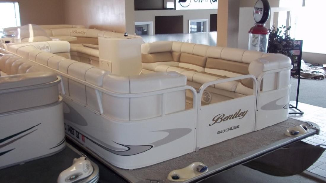 2006 Bentley Pontoon Boats 240 Cruise In Waterford Mi For Sale