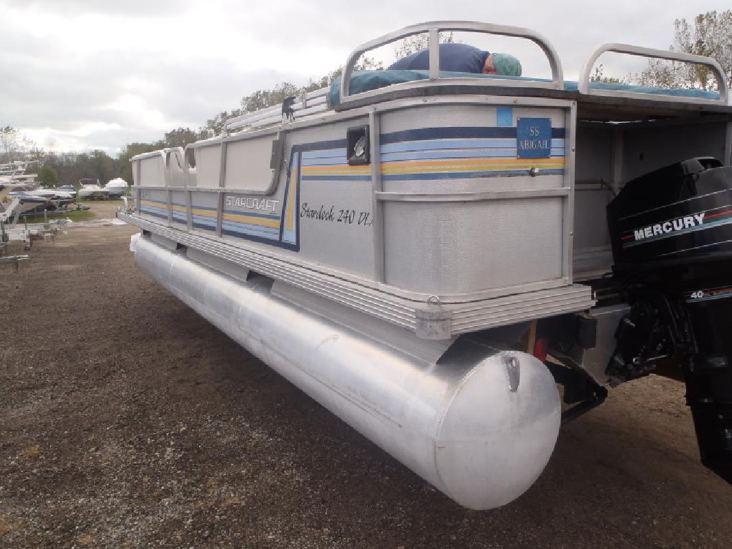1990 - Starcraft Boats - Stardeck 240 Deluxe in Au Gres, MI