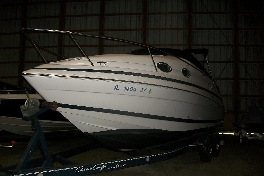 1999 24' Chris-Craft 240 Express in Seneca, Illinois