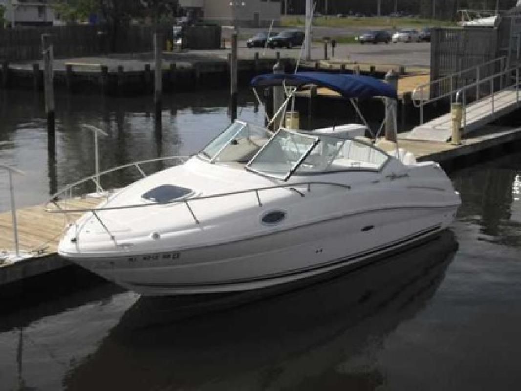 $39,500 2008 Sea Ray 240 SUNDANCER