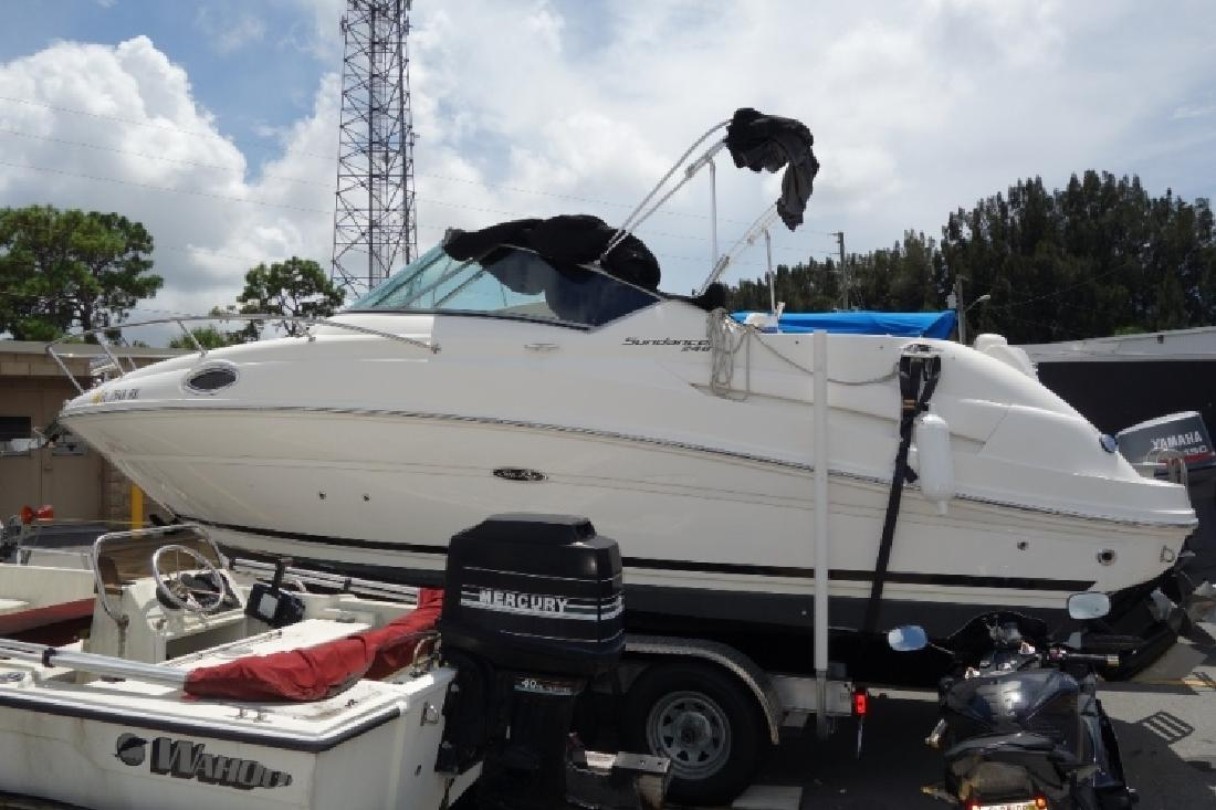 2003 - Sea Ray Boats - 240 Sundancer in Tampa, FL