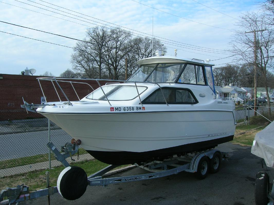 2002 23' Bayliner 2452 Ciera Express in Essex, Maryland