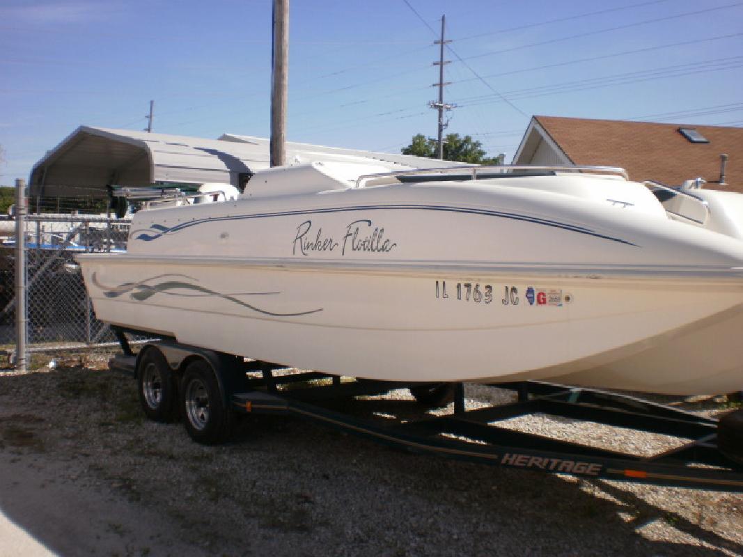 1997 - Rinker Boats - 24 Flotilla in Beardstown, IL
