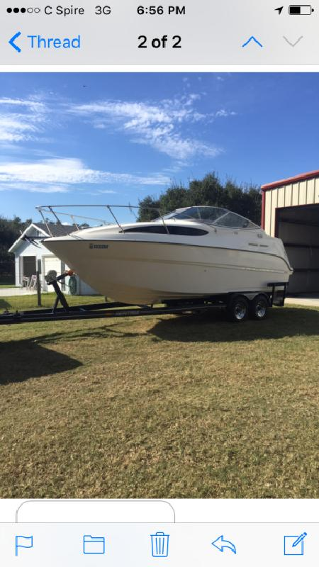2003 Bayliner 245 Express Cruiser 24 in Greenville, MS