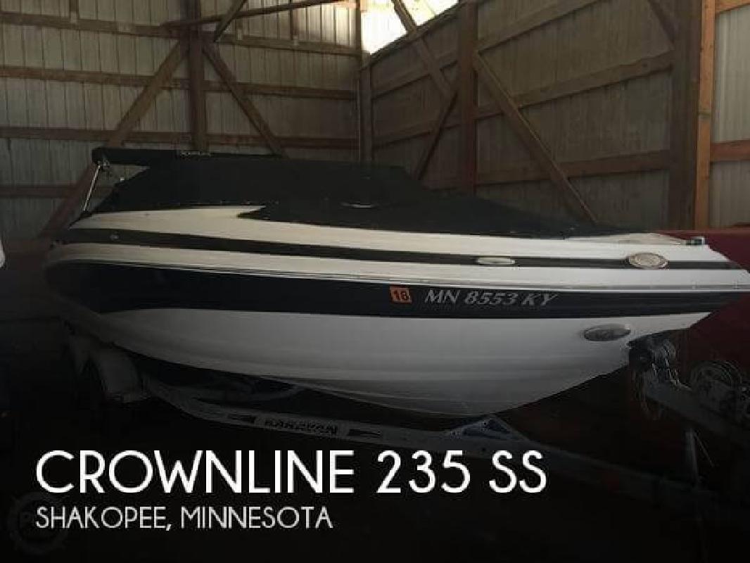 2012 Crownline Boats 24 Shakopee MN