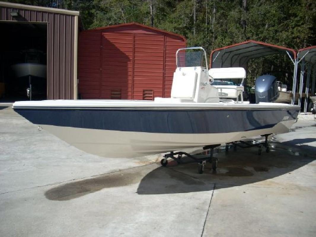 2012 24' Pathfinder 24 Trs