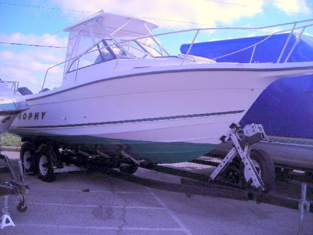 2001 - Bayliner Boats - Trophy 2509 in Port Clinton, OH